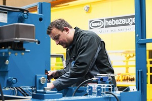 "<div class=""bildtext_en"">All components were manufactured at the Remscheid facilities of Kuli Hebezeuge</div>"