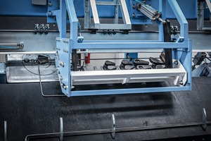 View of the bar stacker with double bender, automatic bending mandrel changer and commissioning trolley