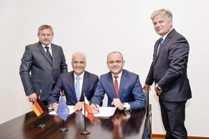 Signing ceremony in Düsseldorf On May 23rd (from left to right):  P. Szataniak, Chairman Wielton, Dr. K. P. Strautmann, M. Golec,  CEO Wielton and T. Sniatala, CFO Wielton