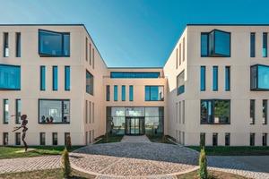 "<div class=""bildtext_en"">The B. T. innovation head office inMagdeburg </div>"