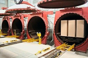 """<div class=""""bildtext_en"""">Front view of the autoclaves during the test run</div>"""