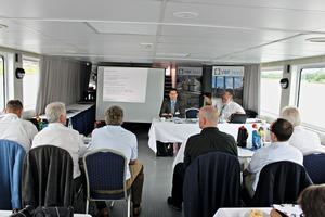 "<div class=""bildtext_en"">Managing Director Dr. Jens Uwe Pott (left) and President Dr. Eike Bielak welcomed the participants to this year's VBF general meeting on a Weser passenger vessel</div>"