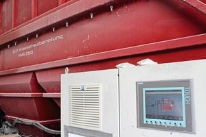 """<div class=""""bildtext"""">Die ECS-Restwasseraufbereitung erfolgt mittels einer VMS 250-Anlage, gesteuert von einem Simatic Touch Panel</div>"""