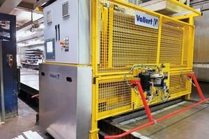 """<div class=""""bildtext"""">Ein neu installiertes MRP-Gerät nimmt bei MÜVA Beton in Holzminden nicht nur die Querabsteller von der Umlaufpalette auf und magaziniert sie, sondern reinigt gleichzeitig auch die Palettenoberfläche</div>"""