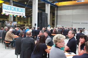 Rund hundert Gäste feierten gemeinsam das 25-jährige Bestehen des Werks in Groß Ammensleben