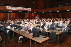 "<div class=""bildtext_en"">The 19th Ibausil was attended by 600 participants from 28 countries</div>"