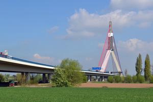 """<div class=""""bildtext_en"""">The pylon of Fleher Brücke between Neuss and Düsseldorf underwent comprehensive repair and rehabilitation </div>"""