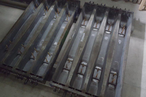 """<div class=""""bildtext_en"""">Quad mold of the B70 track sleeper at Rail.One in Coswig</div>"""