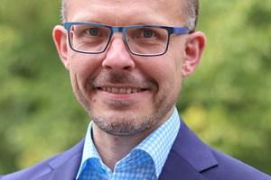 """<div class=""""bildtext""""><strong>Dipl.-Ing. Mathias Tillmann; </strong>Fachvereinigung Deutscher Betonfertigteilbau e.V. (FDB), Bonn <script language=""""JavaScript"""">document.write('<a href=""""' + 'mailto:' + 'tillmann' + '@' + 'fdb-fertigteilbau' + '.' + 'de' + '"""">' + 'tillmann' + '@' + 'fdb-fertigteilbau' + '.' + 'de' + '</a>');</script></div>"""