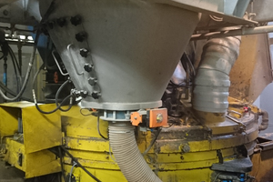 "<div class=""bildtext_en"">Suspension mixer at the precast plant</div>"