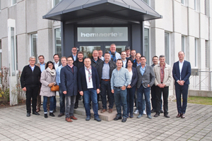 """<div class=""""bildtext_en"""">The general assembly of BBF members was complemented by a visit to Hemmerlein Ingenieurbau GmbH in Bodenwöhr</div>"""