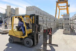 "<div class=""bildtext_en"">Cape Concrete is one of the market leaders throughout Africa in the field of manufacturing customized curbstone, too</div>"