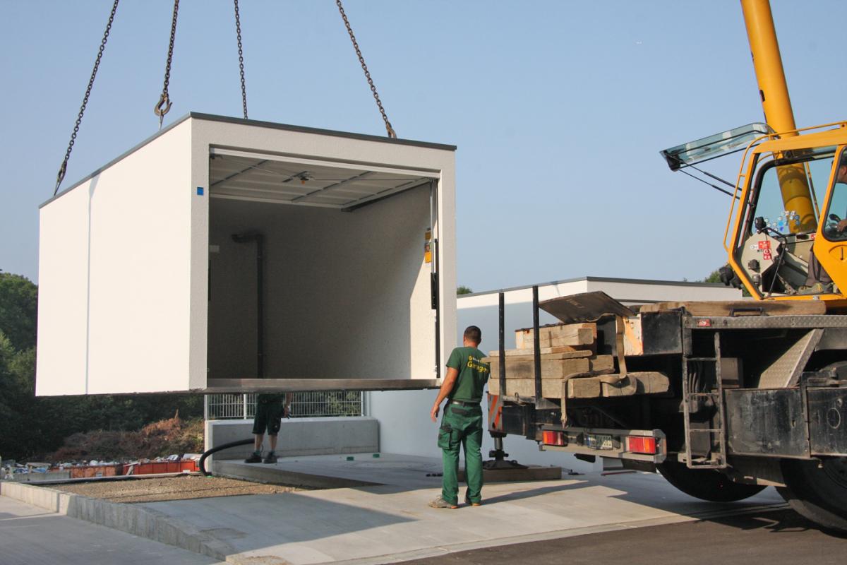 Beton Garage Prefab : A precast garage with glass fiber reinforcement and with national