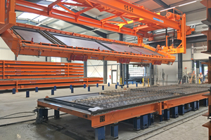 "<div class=""bildtext_en"">The new pallet turning unit is the core component of the new production plant thanks to sophisticated machine technology </div>"