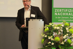Johannes Kreißig, Managing Director of DGNB GmbH, announced the recognition of CSC in the DGNB system