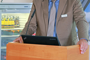 """<div class=""""bildtext_en"""">Dr. Ulrich Lotz, Managing Director of FBF and GBF, welcomed the participants of the annual membership meetings in Isny in the Allgäu region of Germany</div>"""