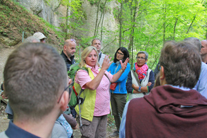 "<div class=""bildtext_en"">Supporting program: a culinary walking-tour through the ""Eistobel"", a ravine of the river ""Obere Argen"" </div>"