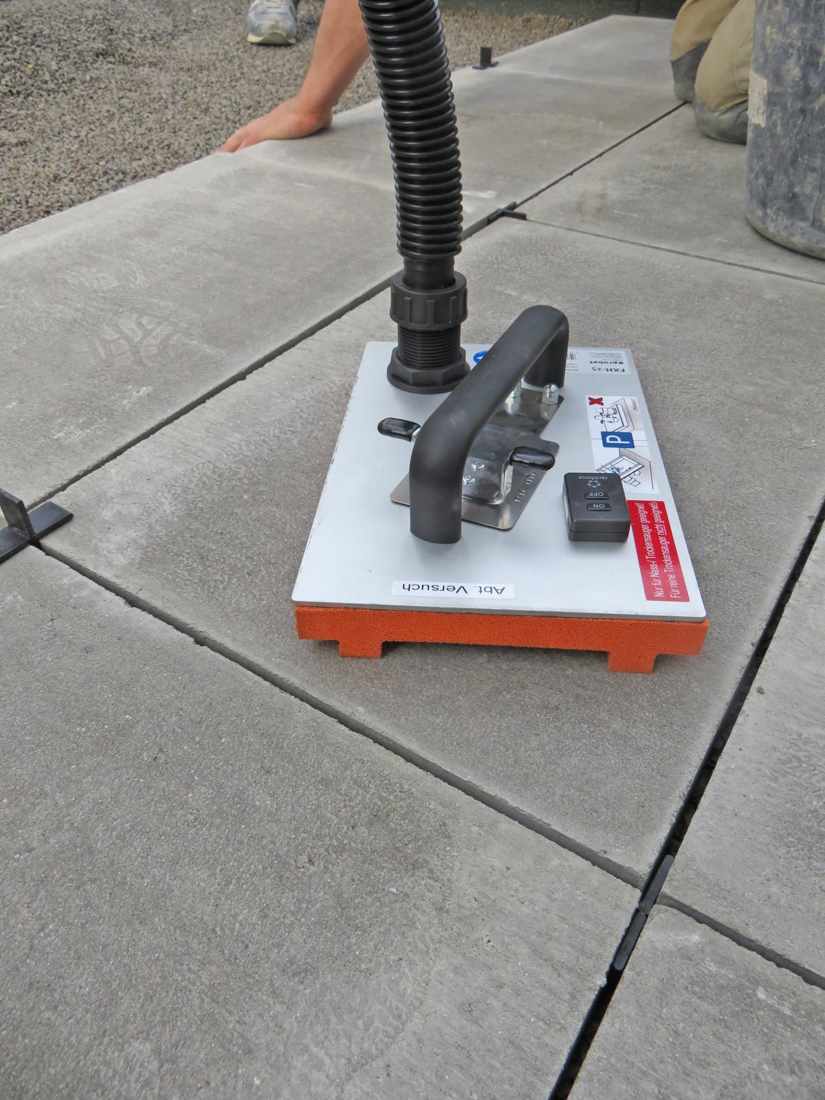 steinplatten mit flieguan gelenkschonend verlegen - betonwerk