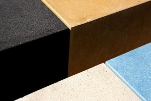 Eisenoxidpigmente wurden hier verwendet, um das Schwarz und Gelb zu erzeugen, während Kobaltblau eine Farbe entstehen lässt, die mit dem nahen Meer strahlt