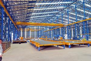 """<div class=""""bildtext"""">Das neue Betonfertigteilwerk ist in seiner ersten Phase für eine Gesamtkapazität von ca. 200.000 m² Betonfertigteilen pro Jahr ausgelegt</div>"""