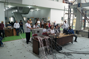 The Company insisted on an actual seismic test on a test building at a construction material-testing laboratory in Bandung. The aim of the test was to analyse the behaviour of the house under extremely high seismic activity
