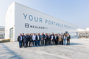 """<div class=""""bildtext_en"""">About 80 participants from different continents came to see the mobile precast plant Neulandt 3P </div>"""
