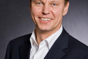 """<div class=""""bildtext""""><strong>Dr.-Ing. Jörg Asmus;</strong> Ingenieurbüro IEA GmbH &amp; Co. KG Eligehausen - Asmus - Hofmann, Stuttgart<br /><span class=""""ulm_email""""><script language=""""JavaScript"""">document.write('<a href=""""' + 'mailto:' + 'Asmus' + '@' + 'I-EA' + '.' + 'de' + '"""">' + 'Asmus' + '@' + 'I-EA' + '.' + 'de' + '</a>');</script> </span></div>"""