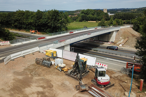 The completed modular bridge is spanning the A46 motorway near Hagen