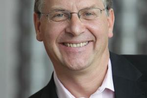 """<div class=""""bildtext""""><strong>Univ.-Prof. Dr.-Ing. Martin Empelmann; </strong><br />Technische Universität Braunschweig<br /><irfontsize style=""""font-size: 7.200000pt;""""><strong><script language=""""JavaScript"""">document.write('<a href=""""' + 'mailto:' + 'massivbau' + '@' + 'ibmb' + '.' + 'tu-bs.de' + '"""">' + 'massivbau' + '@' + 'ibmb' + '.' + 'tu-bs.de' + '</a>');</script></strong></irfontsize></div>"""