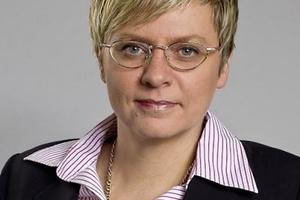 "<div class=""bildtext""><strong>RAin Dr. Katrin Rohr-Suchalla</strong><span class=""Medium"">;</span> <br />CMS Hasche Sigle, Stuttgart<br /><span class=""ulm_email""><script language=""JavaScript"">document.write('<a href=""' + 'mailto:' + 'katrin.rohr' + '@' + 'cms-hs' + '.' + 'com' + '"">' + 'katrin.rohr' + '@' + 'cms-hs' + '.' + 'com' + '</a>');</script></span></div>"