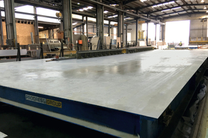 "<div class=""bildtext_en"">Kleihues chose formwork specialist Tecnocom, a member of the Progress Group, as technical partner in order to meet the high demands placed on a new exposed concrete production line using tilting tables </div>"