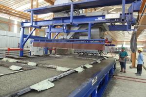 Concrete spreader  in use