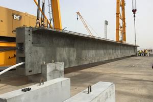 """<div class=""""bildtext"""">Acht vorgespannte Bauteile werden pro Tag hergestellt; insgesamt 820 Träger werden für alle Brücken benötigt </div>"""
