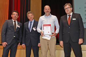"<div class=""bildtext_en"">The Halfen GmbH was presented with the Innovation Prize of the Supplier Industry for Concrete Components</div>"