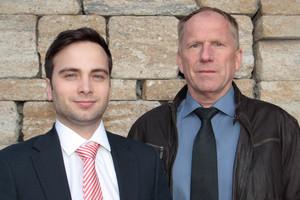 """<div class=""""bildtext_en"""">Richard Scheuerlein Jr. (left) and Werner Groß</div>"""