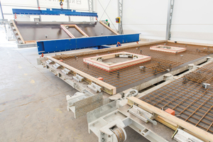 "<div class=""bildtext_en"">Horizontal preparation of the butterfly formwork </div>"