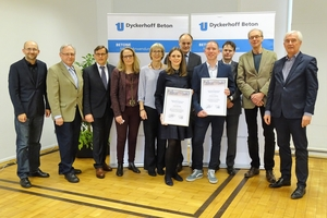 "<div class=""bildtext_en"">In Wiesbaden, Germany, two outstanding degree theses at Hessian universities of applied science have received prizes</div>"