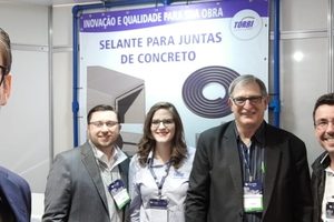 "<div class=""bildtext_en"">The BFT editor visited the team of Torri Engenharia at this year's Concrete Show São Paulo as well</div>"