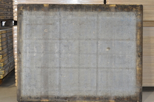 "<div class=""bildtext_en"">Steypustödin: Back of board 3 before cleaning</div>"