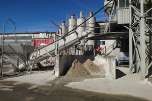 "<div class=""bildtext_en"">Fig.: Ready-mixed concrete recycling plant</div>"