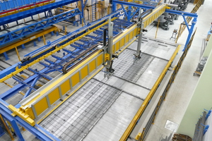 "<div class=""bildtext_en"">A multi-axis linear robot rounds off the automated reinforcement areas in the new Eder plant</div>"