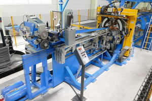 "<div class=""bildtext_en"">The highly flexible VGA Versa lattice-girder welding machine produces the lattice girders just in time</div>"