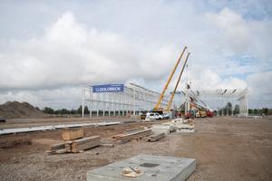 "<div class=""bildtext_en"">The output of the precast concrete plant at Erfurter Kreuz will be 200 m²/h</div>"