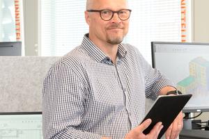 """<div class=""""bildtext_en"""">Markku Räisänen, Head Designer at Betset, one of the largest precast concrete companies in Finland</div>"""