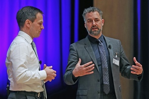 "<div class=""bildtext_en"">Dr. Dominik von Achten (left), CEO of HeidelbergCement AG, and Prof. Anders Levermann, Potsdam Institute for Climate Impact Research, engaging in a dialog </div>"