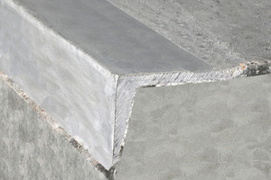 """<div class=""""bildtext"""">Die gefährdeten Betonkanten der Rohrkupplung sind zusätzlich mit Winkelschienen gesichert</div>"""
