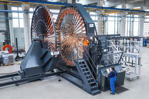 """<div class=""""bildtext"""">Die Korbschweißmaschine BSM mit Korbdurchmessern bis zu 5.200mm zählt ebenfalls zu den Flaggschiffen des Unternehmens</div>"""