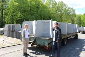 "<div class=""bildtext_en"">Maren Schauder, Pfeifenbring managing director, welcomed BFT editor-in-chief Silvio Schade to the company site in Bockel in the German State of Lower Saxony </div>"
