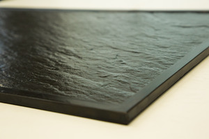 """<div class=""""bildtext_en"""">Fig. 3: Matrice for producing textured surfaces</div>"""