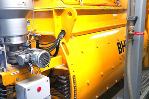 "<div class=""bildtext_en"">The twin-shaft batch mixer from BHS-Sonthofen is well known worldwide</div>"